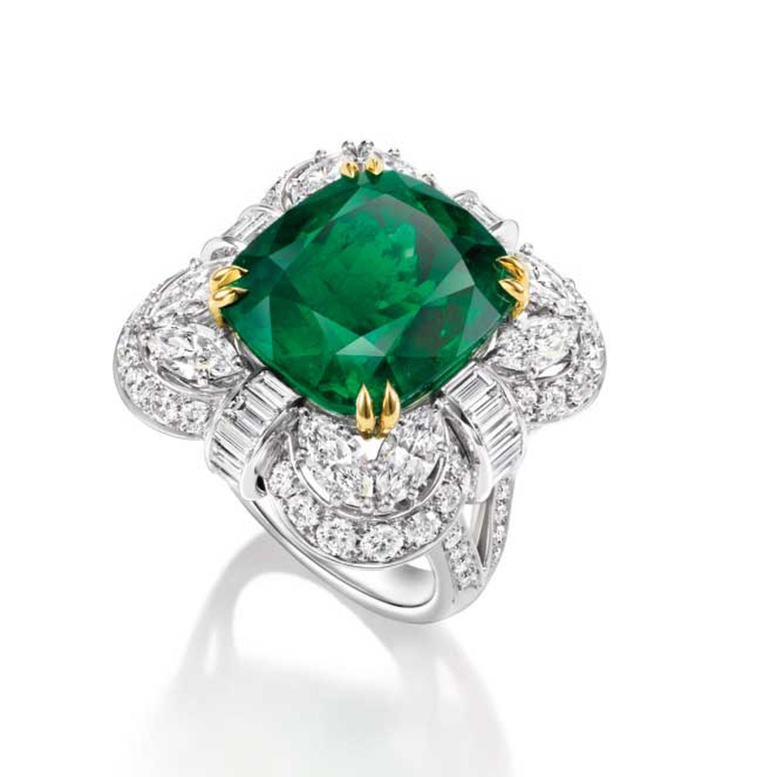 Harry Winston emerald cushion cut 15.67 carat ring