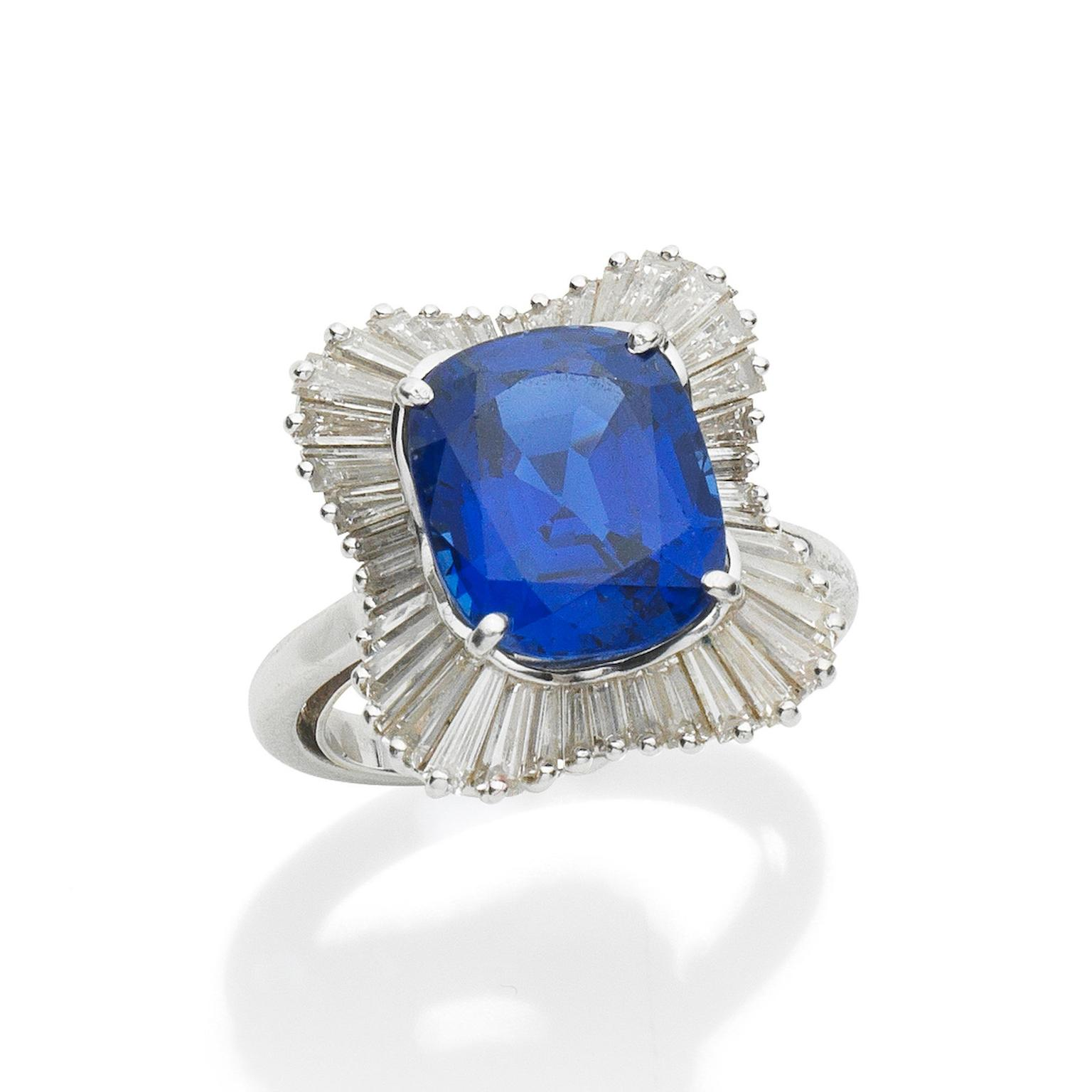 Sapphire and diamond ring auctionned by Bonhams Lot 87