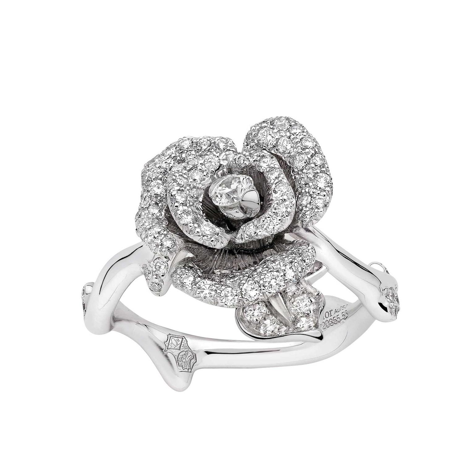 Dior Bagatelle engagement ring in white gold