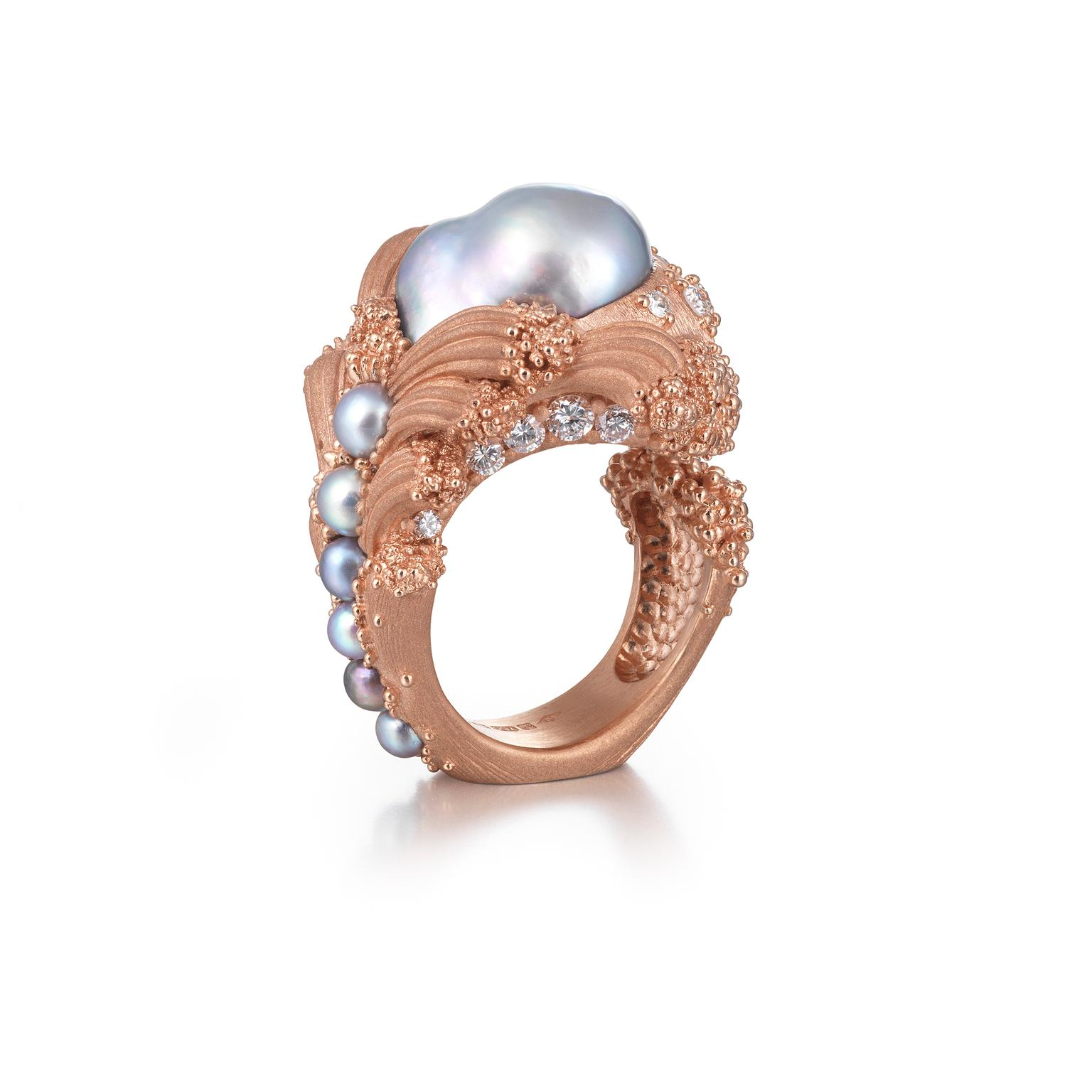 Ornella Iannuzzi The Uprising pearl ring