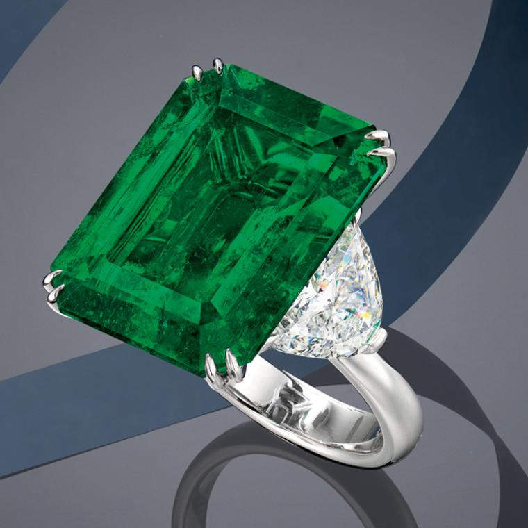 Lot 624: Emerald ring presented at Phillips Live Auction on 8 July 2020