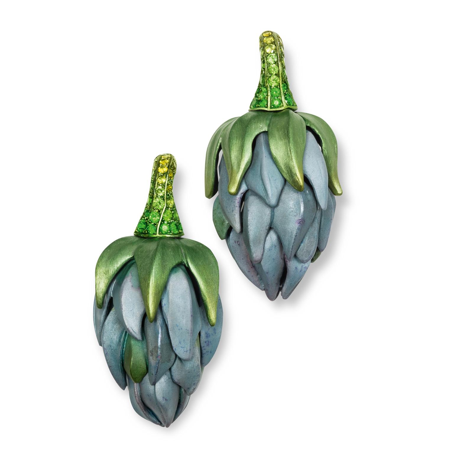 Hemmerle demantoid garnet aluminium earrings