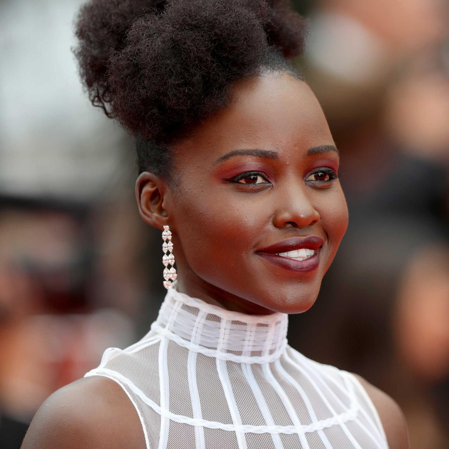 Lupita-Nyonga-in-Chopard-diamonds-at-Cannes-Film-Festival
