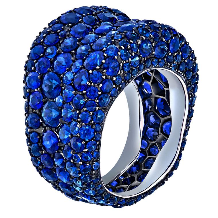 Faberge Emotion blue sapphire ring