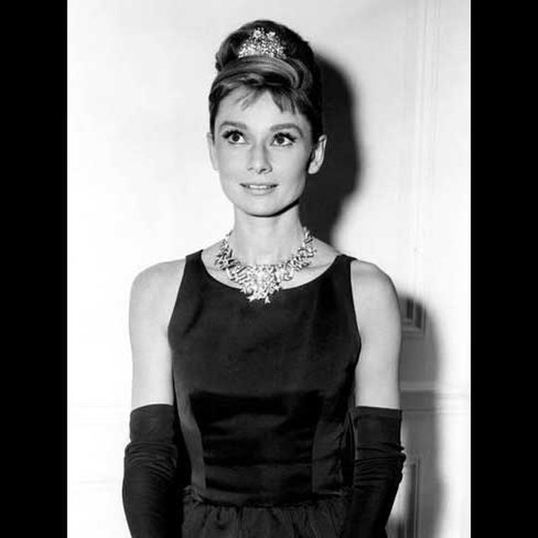 Audrey Hepburn wearing Tiffany yellow diamond