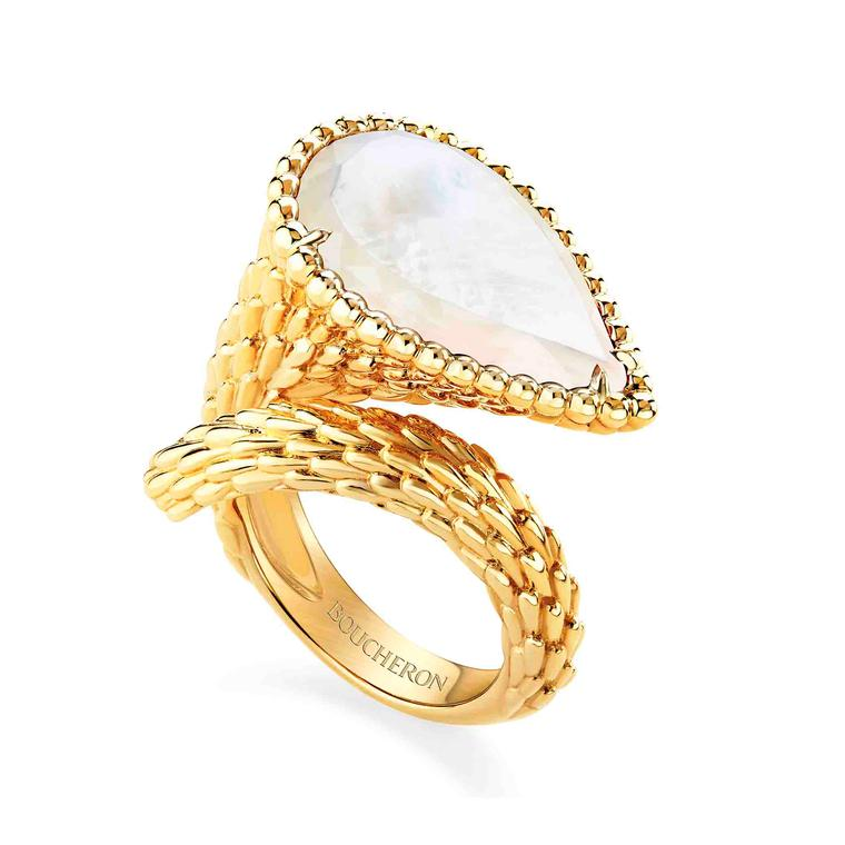Boucheron Serpent Bohème Colour mother-of-pearl ring