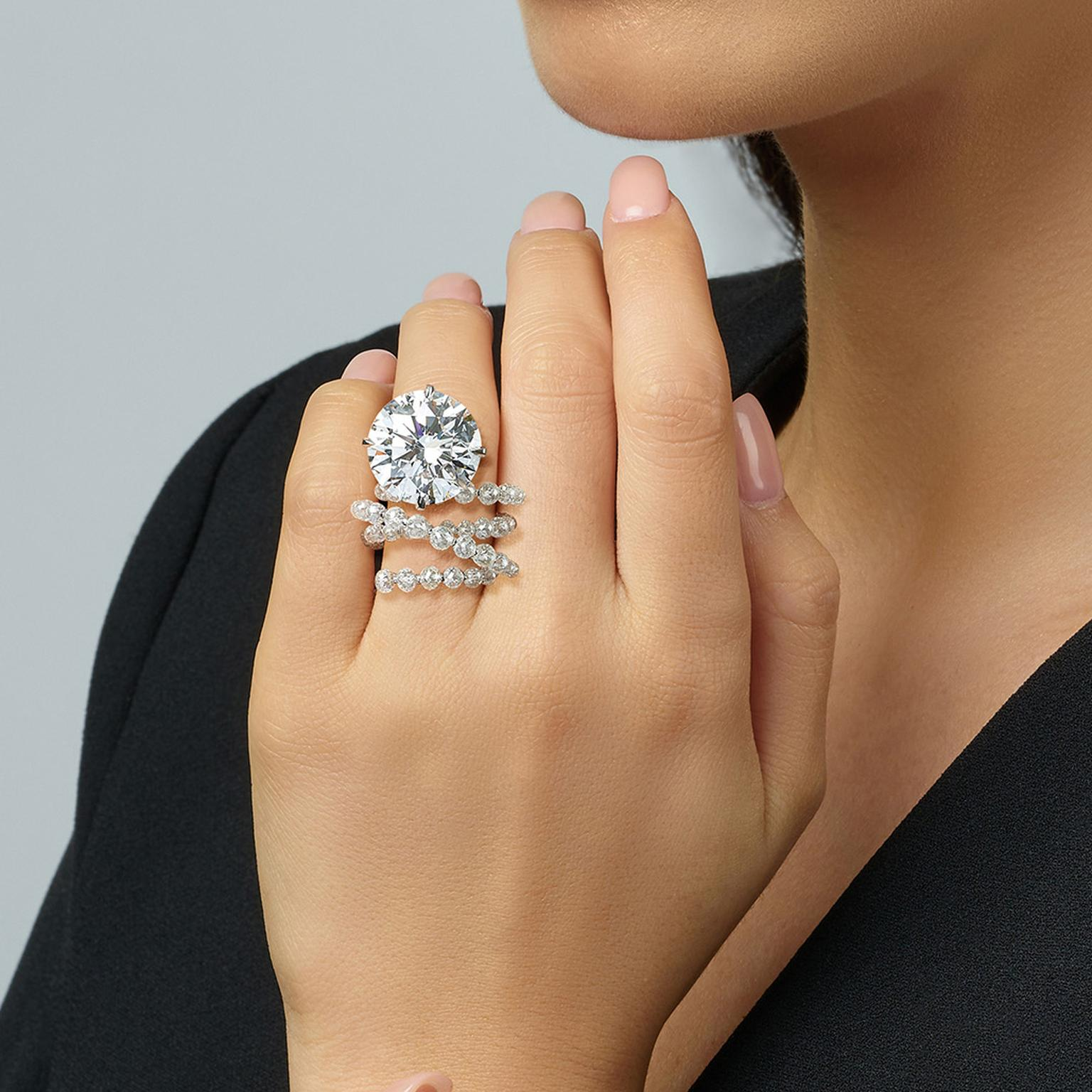 Lot 648 Fountain of Diamonds ring by Feng J on model