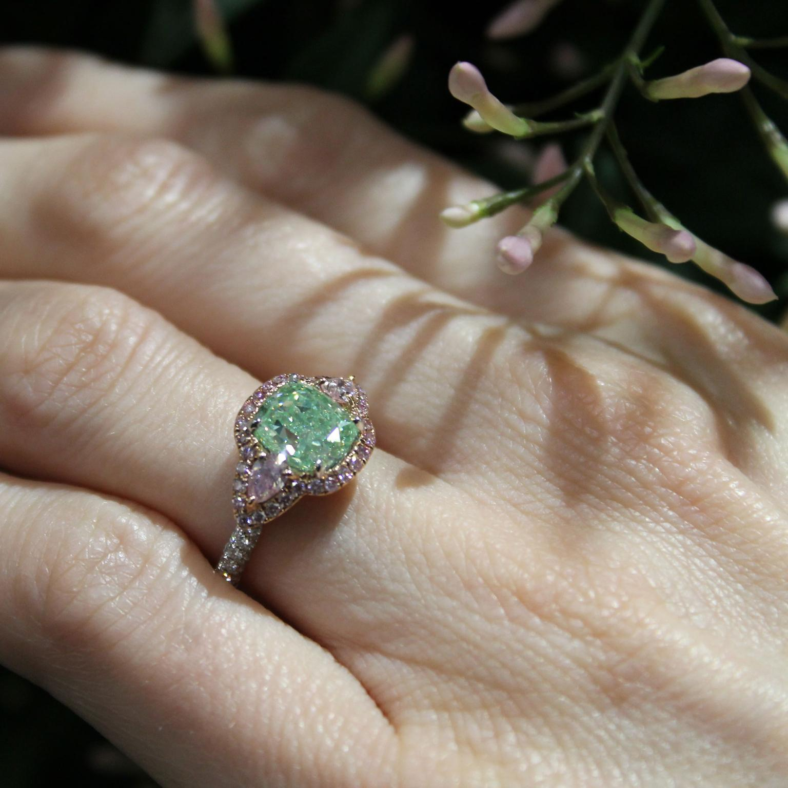 Jacob & Co Vivid green diamond ring