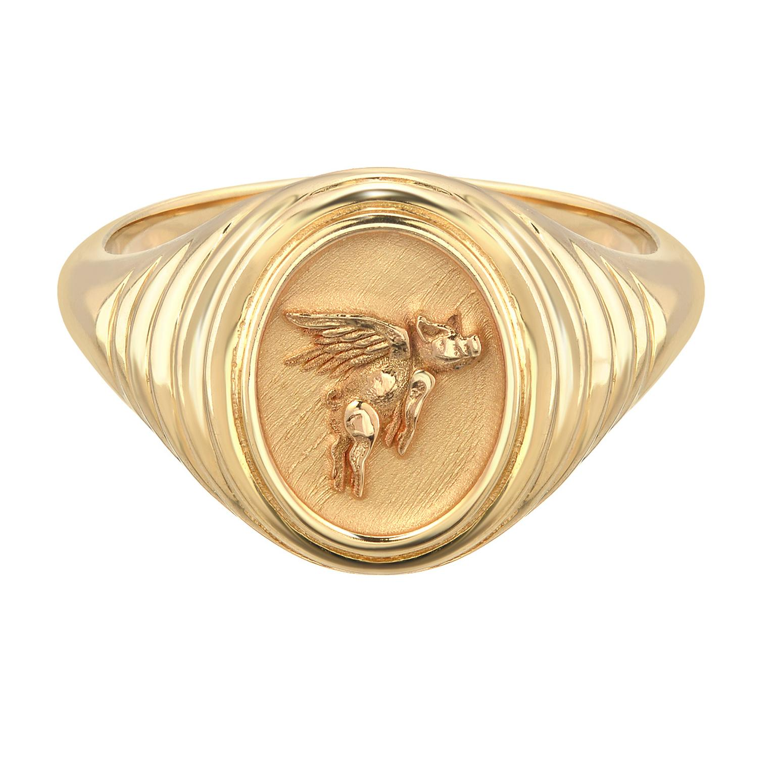 Retrouvai Fantasy Flying Pig signet ring