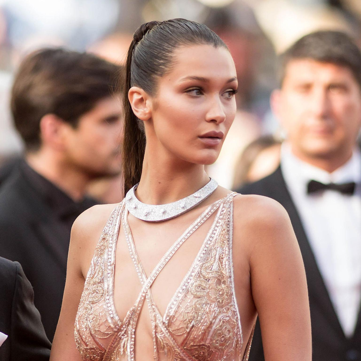 Cannes 2016 Day 1: Bella Hadid in de GRISOGONO
