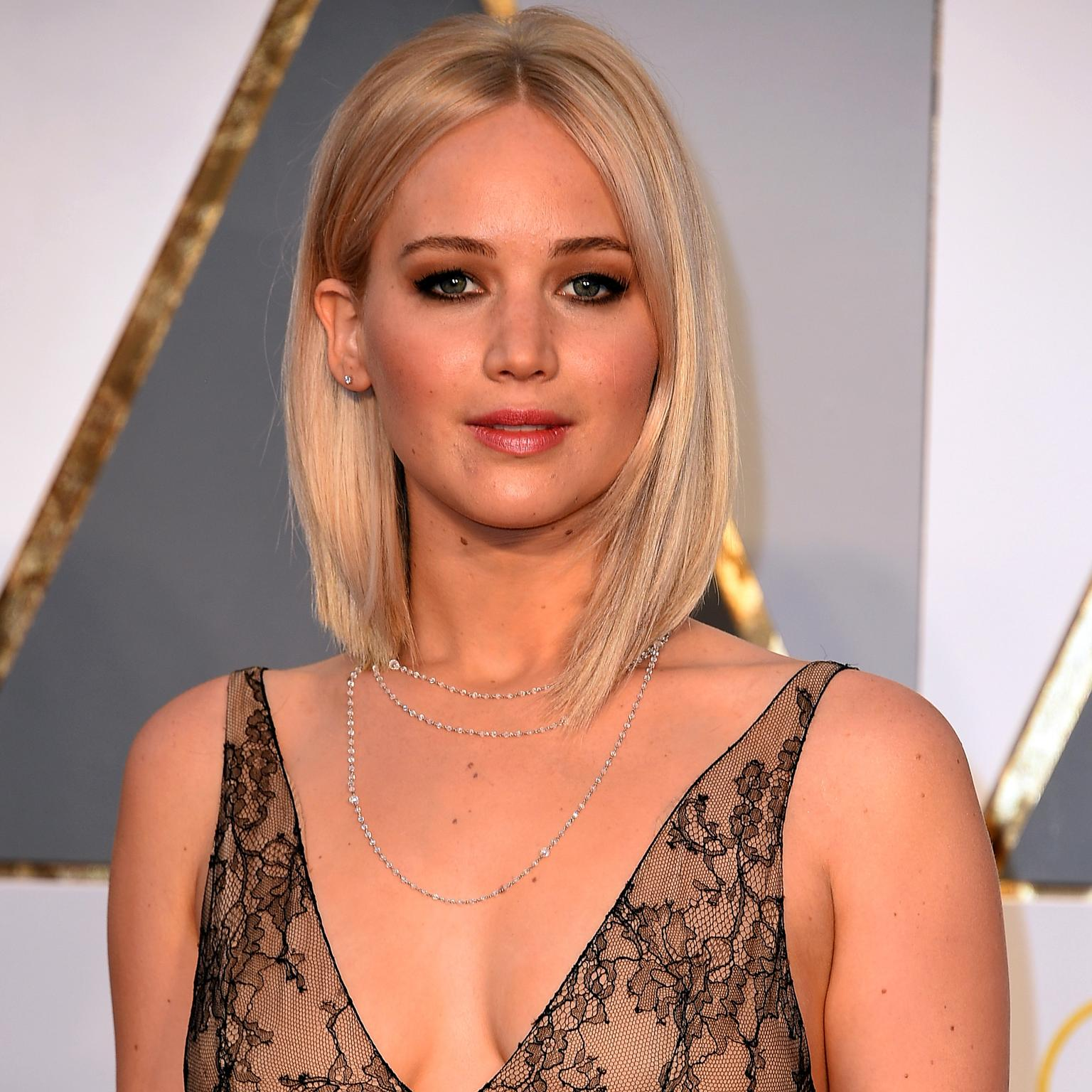 Oscars red carpet jewellery Jennifer Lawrence Chopard