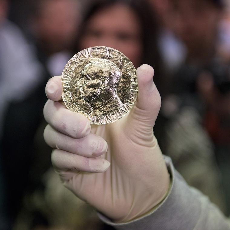 Nobel Peace Prize 2016 made from Fairmined gold