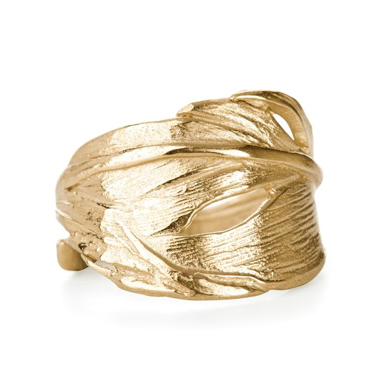 Chupi I Can Fly yellow gold ring