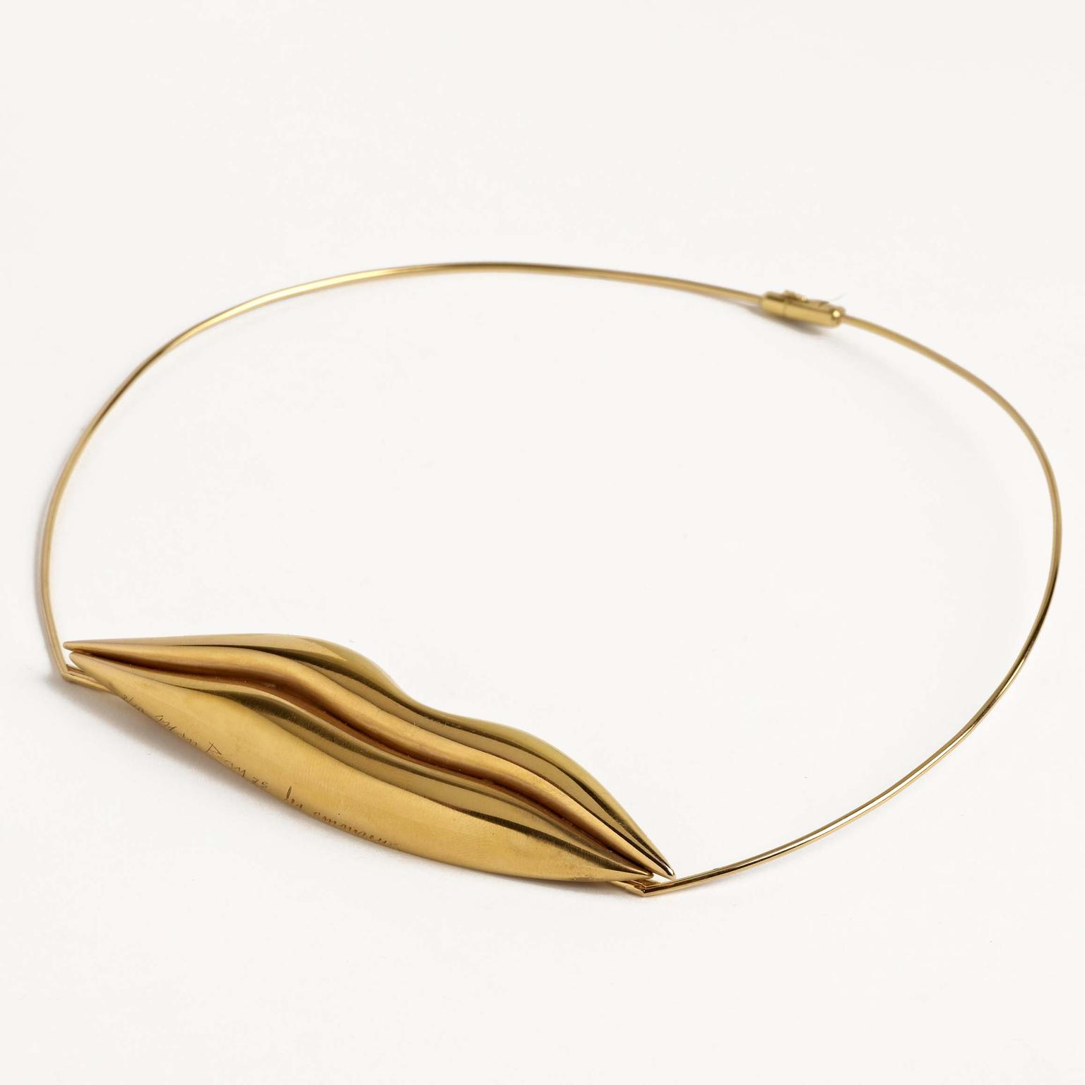 Les Amoureux necklace from Man Ray