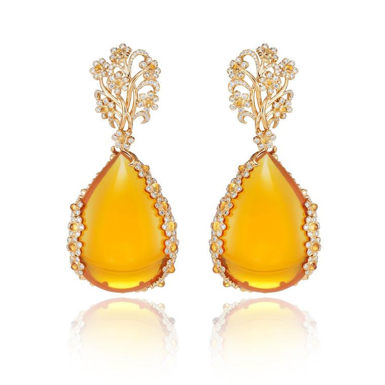 Chopard Red Carpet earrings with yellow and white diamonds