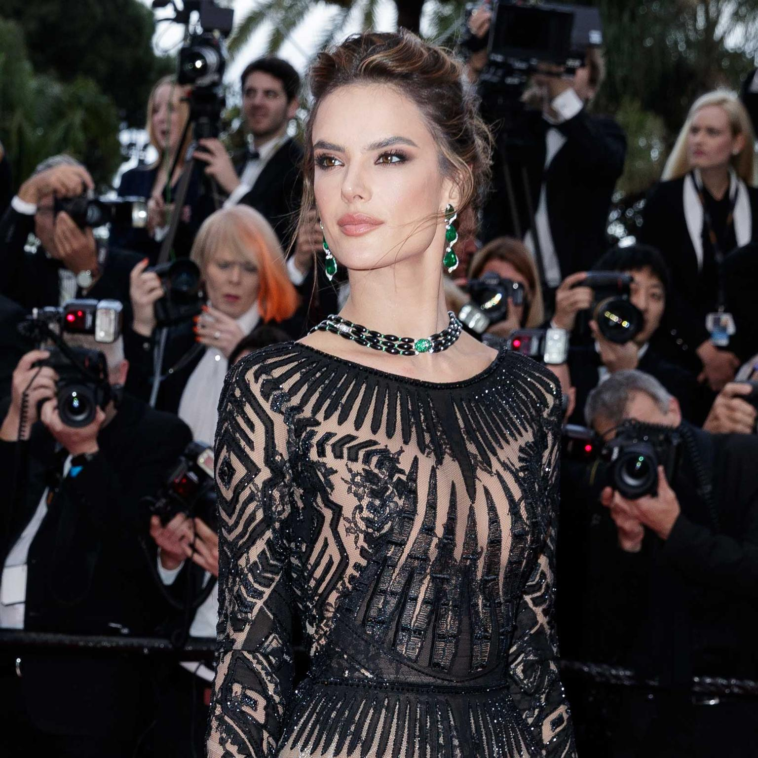 Alessandra Ambrosio in de Grisogono jewels Cannes Red Carpet 2018
