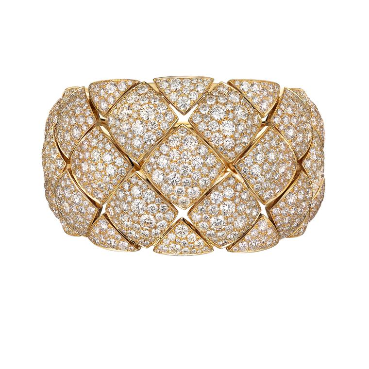 Chanel cuff Signature de Chanel collection