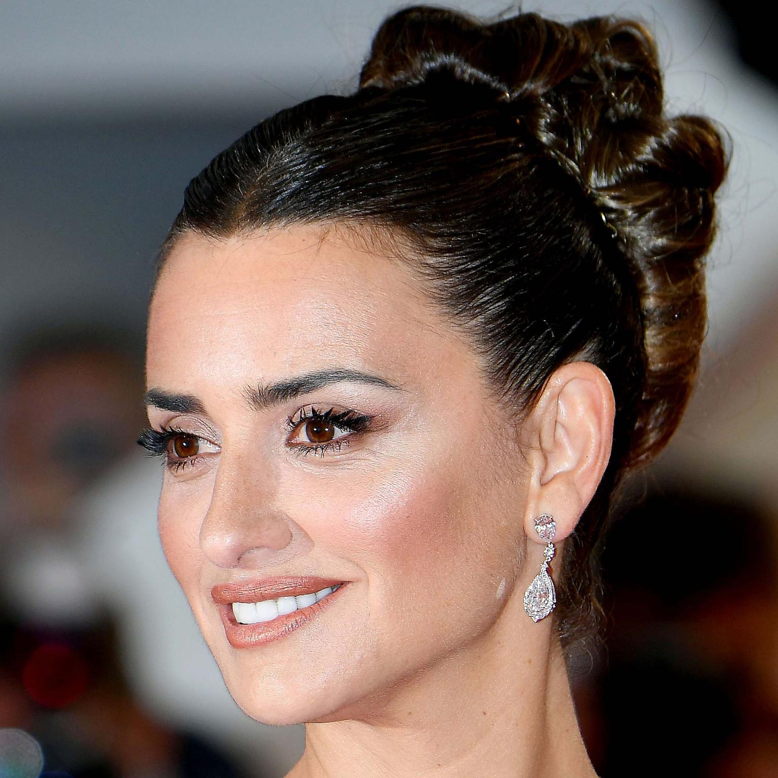 Penelope Cruz in Atelier Swarovski lab-grown diamonds Cannes 2019