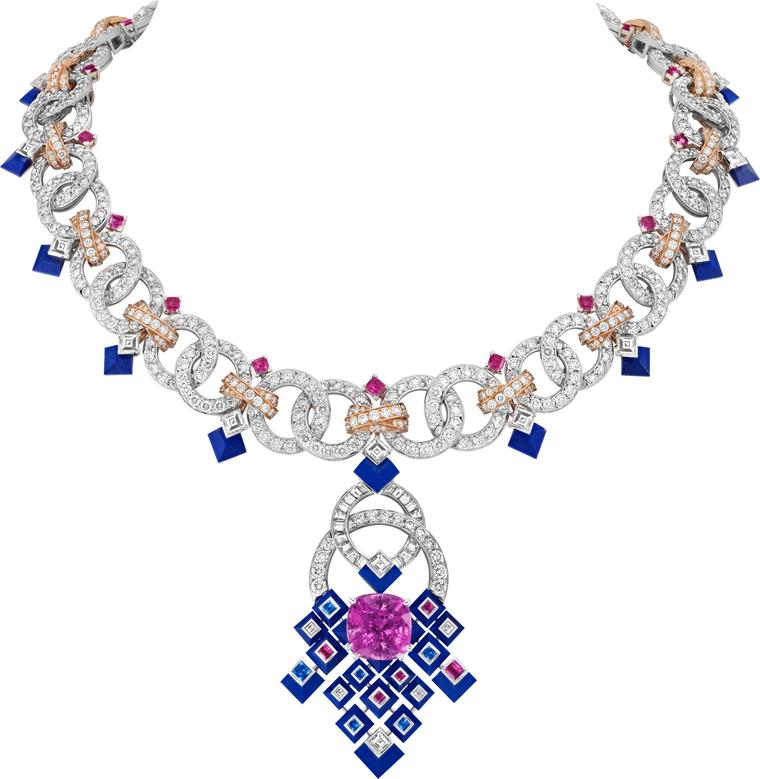 Van Cleef & Arpels Rose Matrimonio necklace Romeo and Juliet jewels