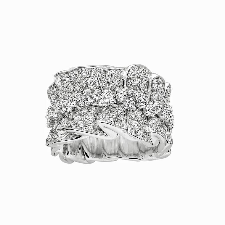 Archi Dior Bar en Corolle Bague white gold and diamond ring