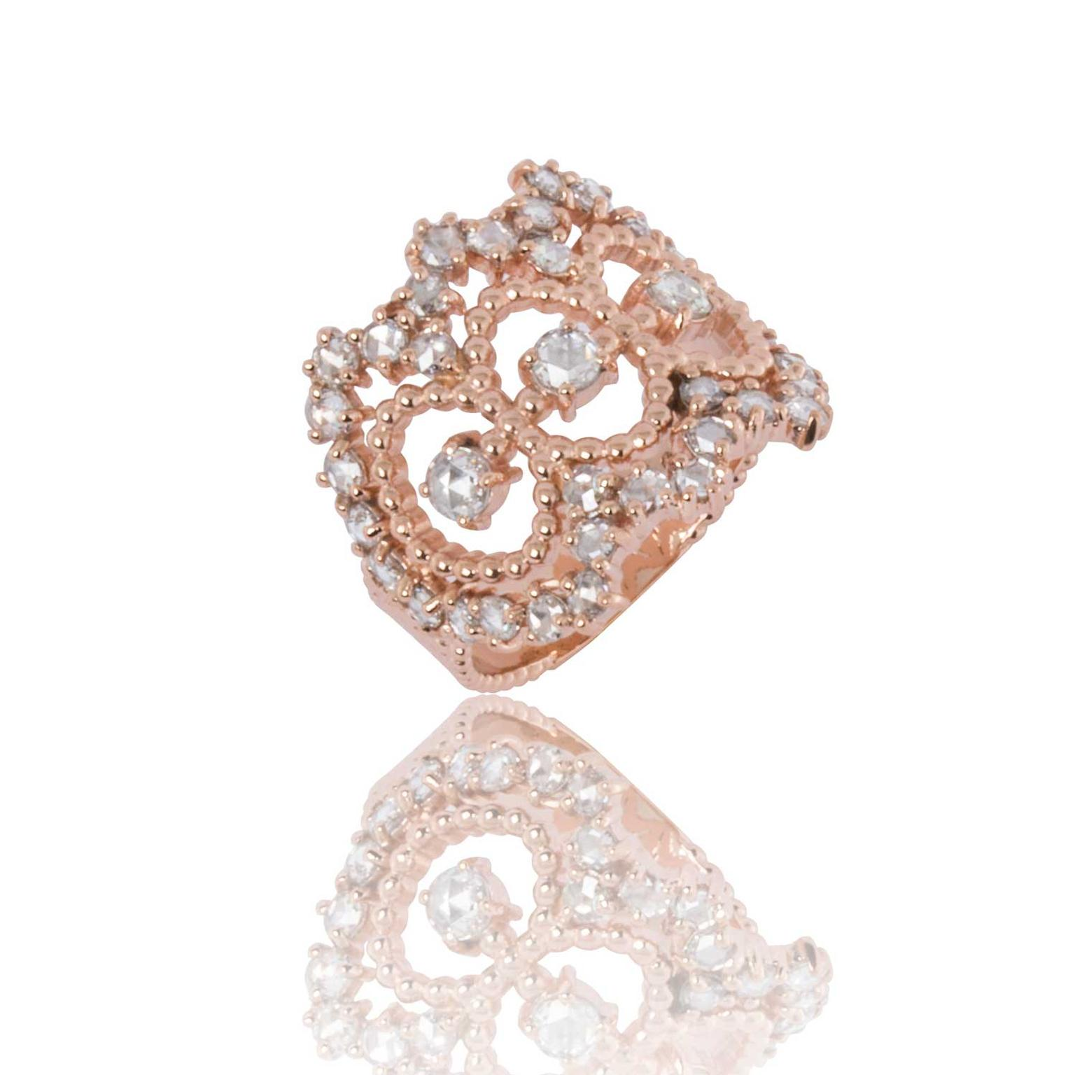 Carla Amorim Enchanted ring in pink gold with diamonds