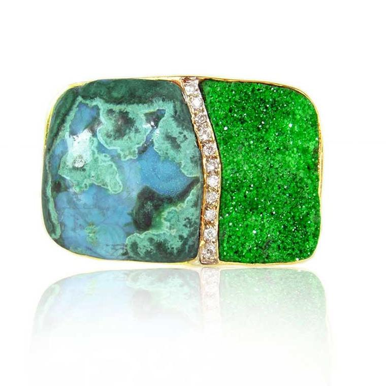 Kara Ross Petra Split ring with smooth chrysocolla and raw uvarovite front view