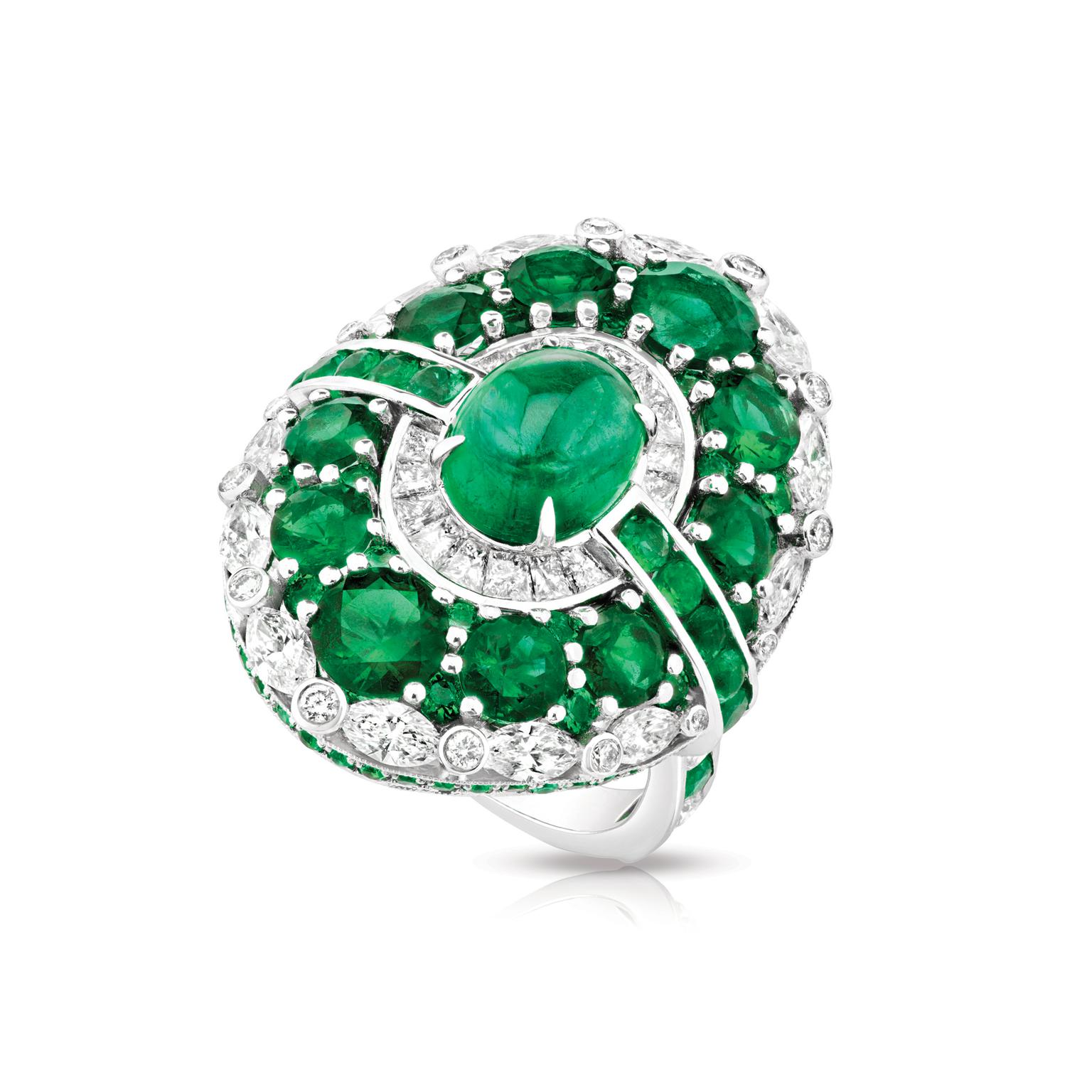 Fabergé Devotion Aurora emerald ring