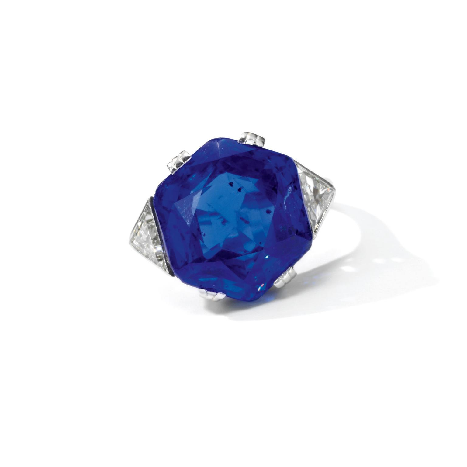 Lot 372 sapphire and diamond ring