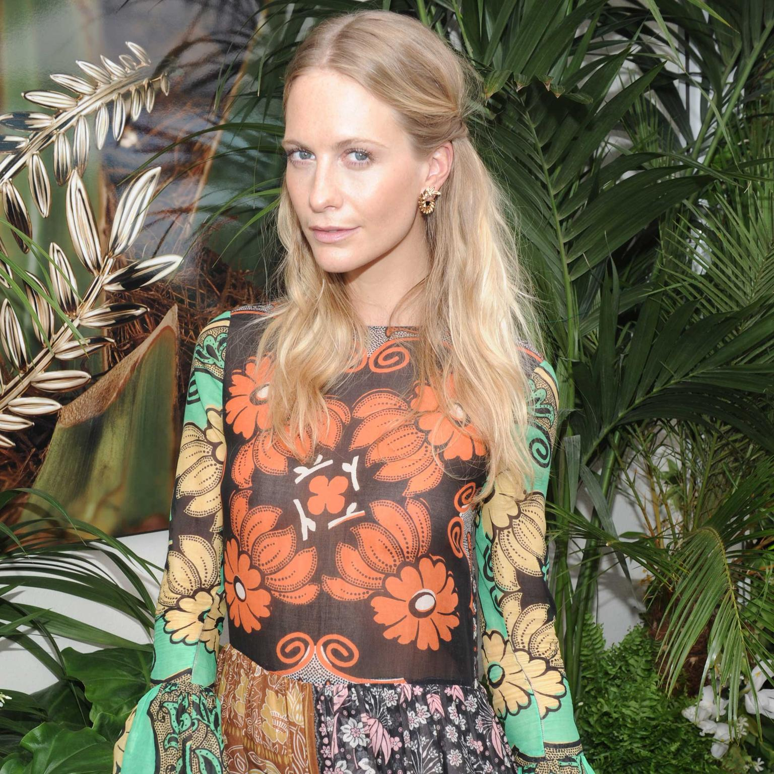 Poppy Delevingne in Chopard Palme Verte earrings
