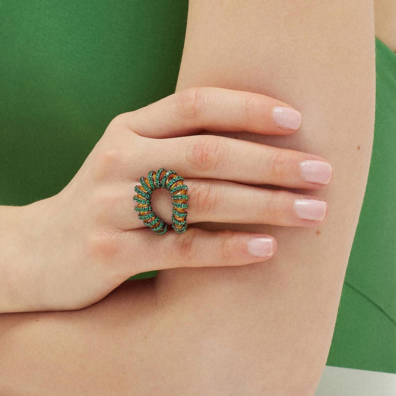 Ana Khouri Maia emerald ring on model