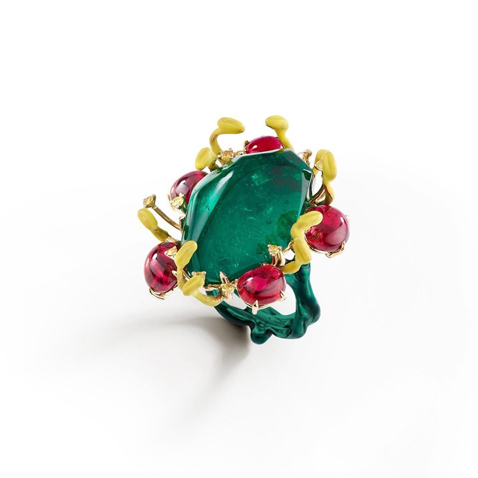 Suzanne Syz Power to the Flower ring