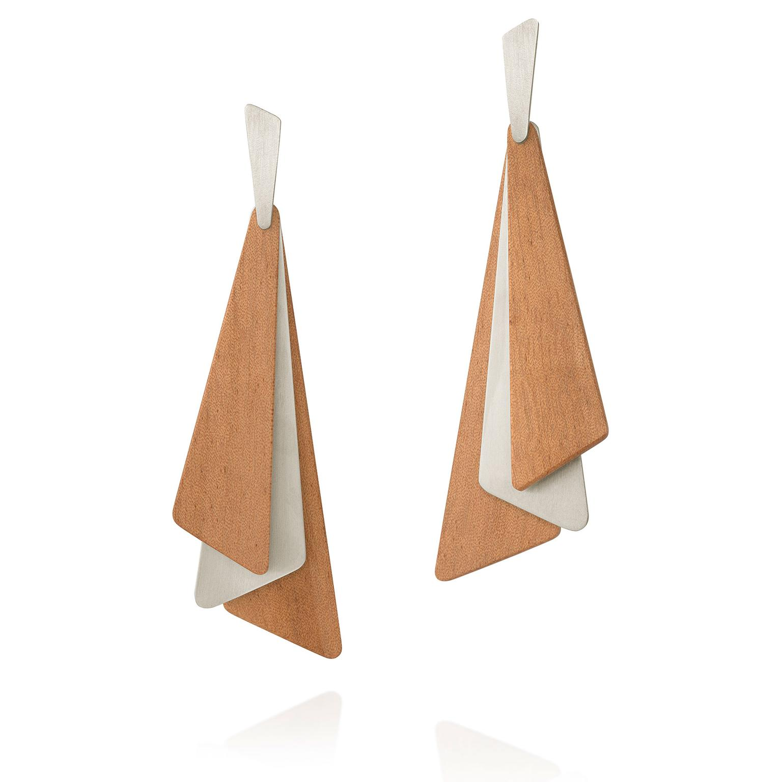 Denise Queiroz Libertat silver and wood earrings