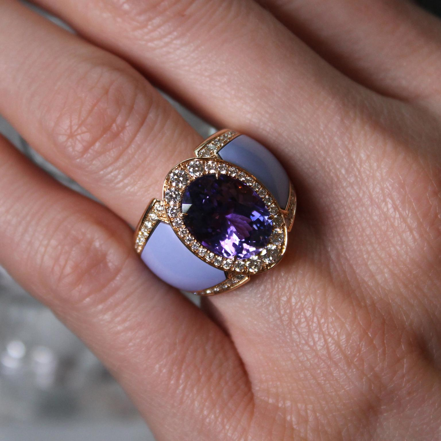 Doris Hangartner lilac tanzanite ring