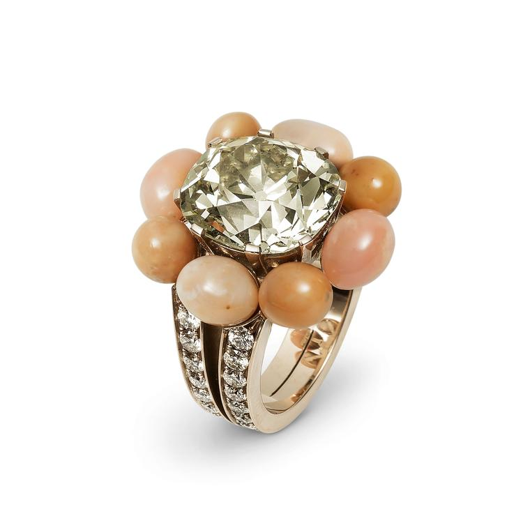 Hemmerle conch pearl ring with diamonds