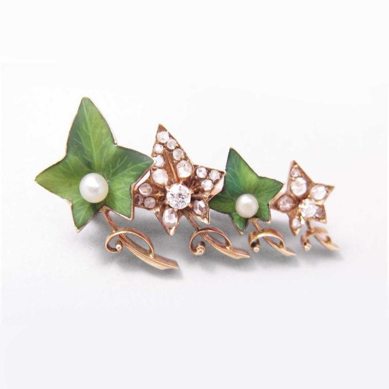Jennifer Lynn Victorian gold and diamond Ivy brooch with pearl accents