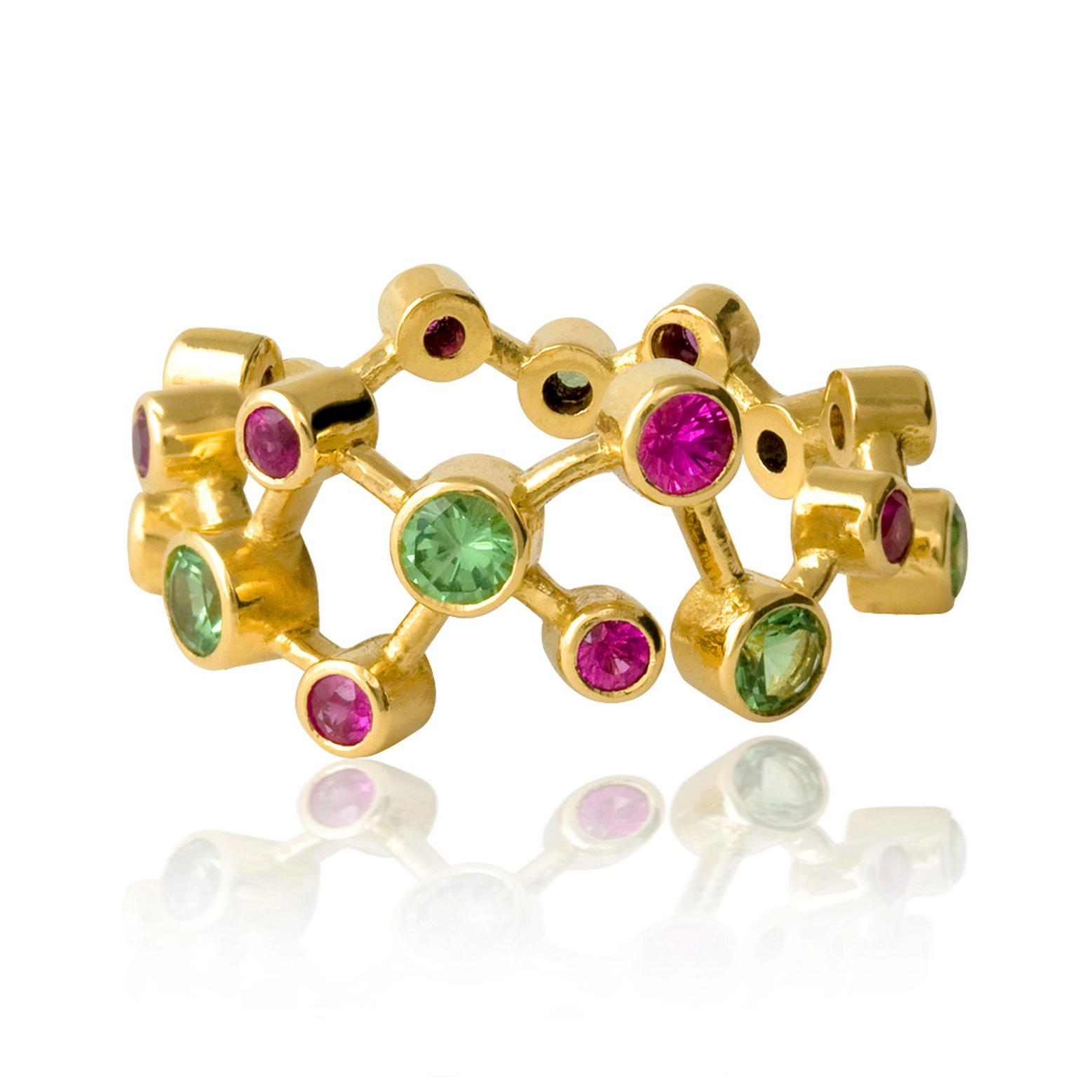 Alexander Davis Dendritic yellow gold ring with pink sapphire and tsavorites