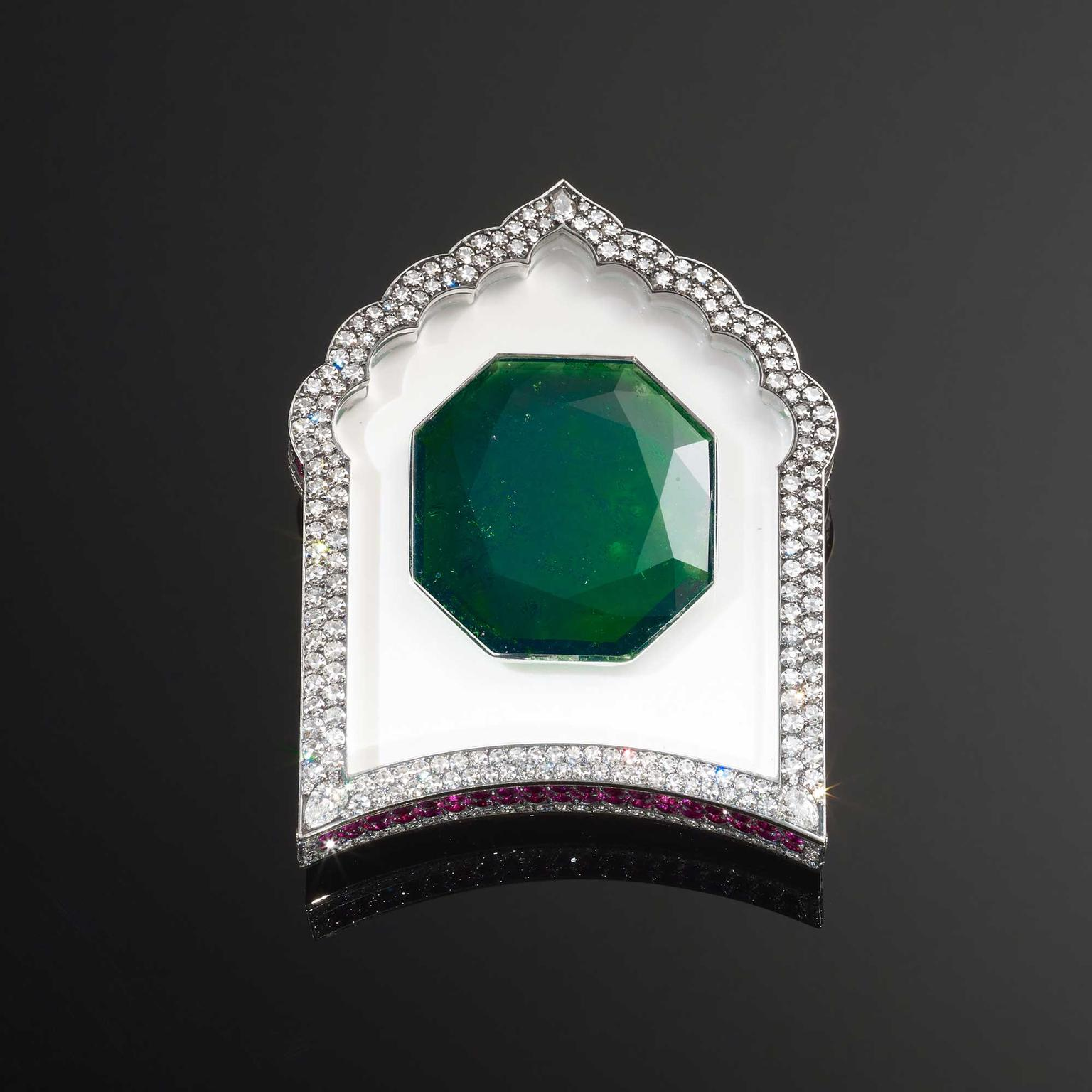 JAR emerald brooch, on show at the Bejewelled Treasures exhibition at the V&A