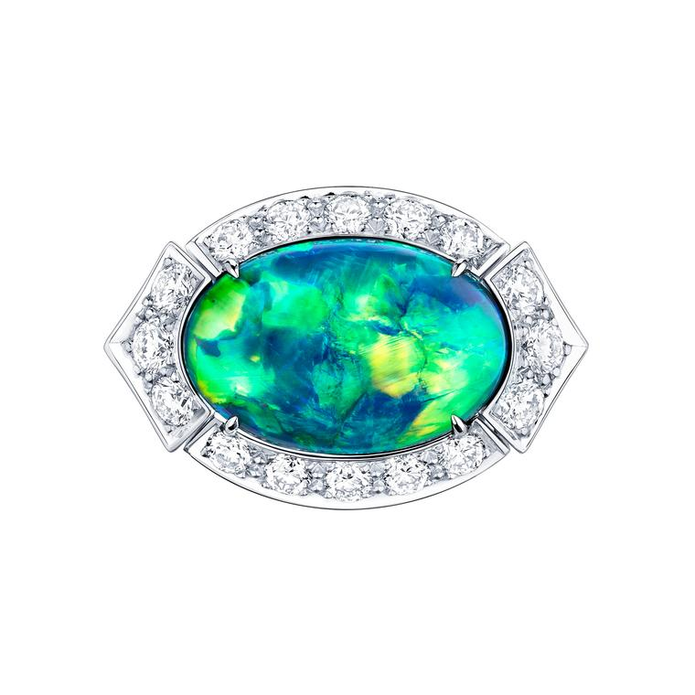 Opals: the captivating chameleons of the high jewellery world