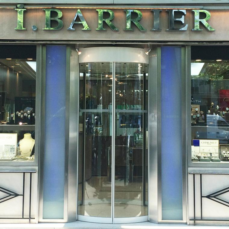 Barrier boutique in Paris facade