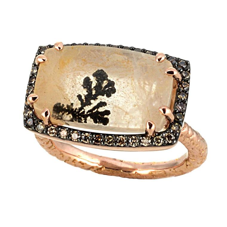 Dendritic quartz ring in pink gold