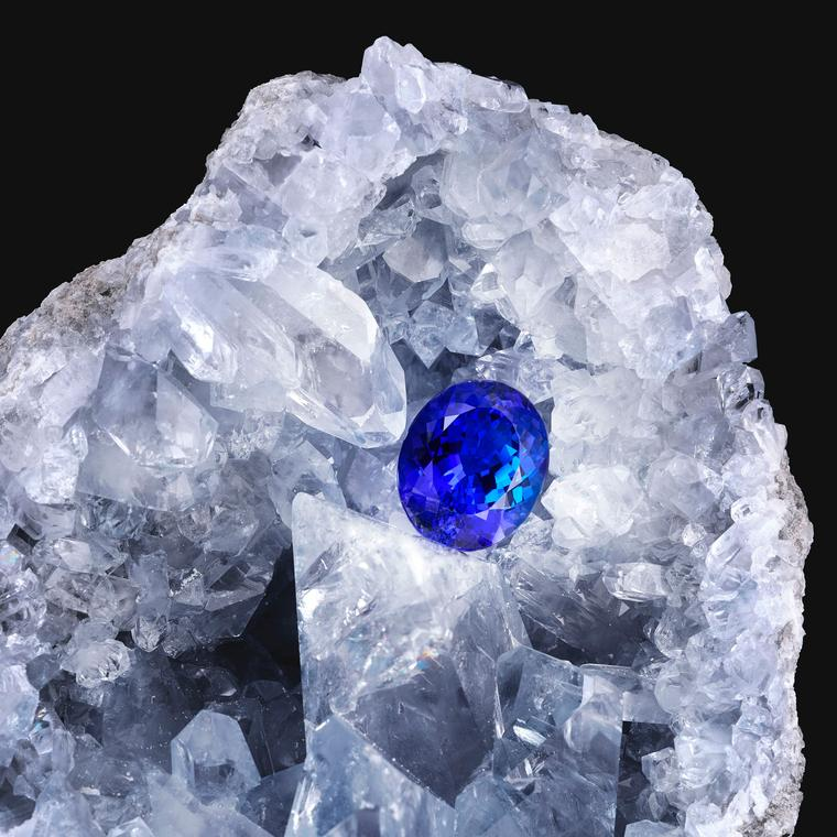 Doris Hangartner natural tanzanite
