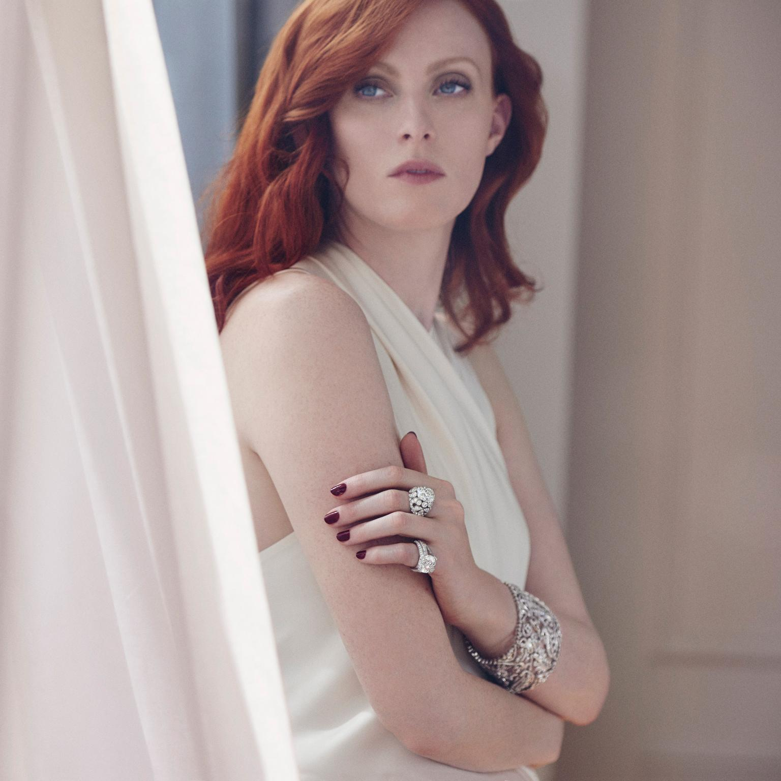 Cartier diamond jewellery worn by Karen Elson