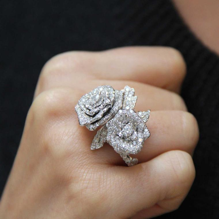 Rose Dior Bagatelle diamond ring in white gold