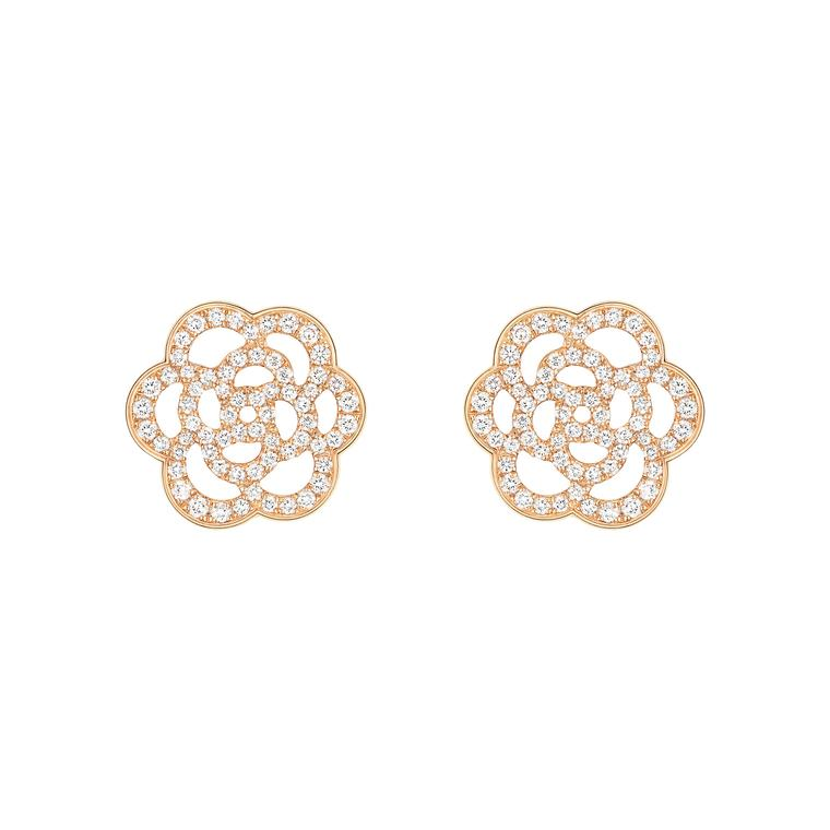 Chanel Camélia pink gold and diamond earrings