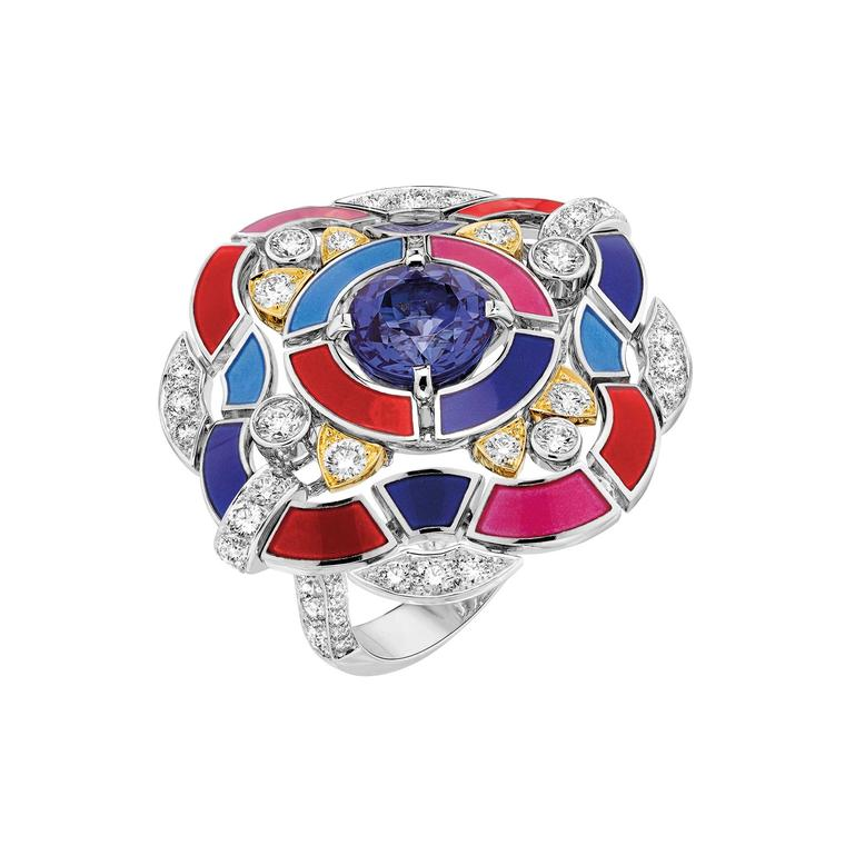 Les Talisman de Chanel Hypnotique ring