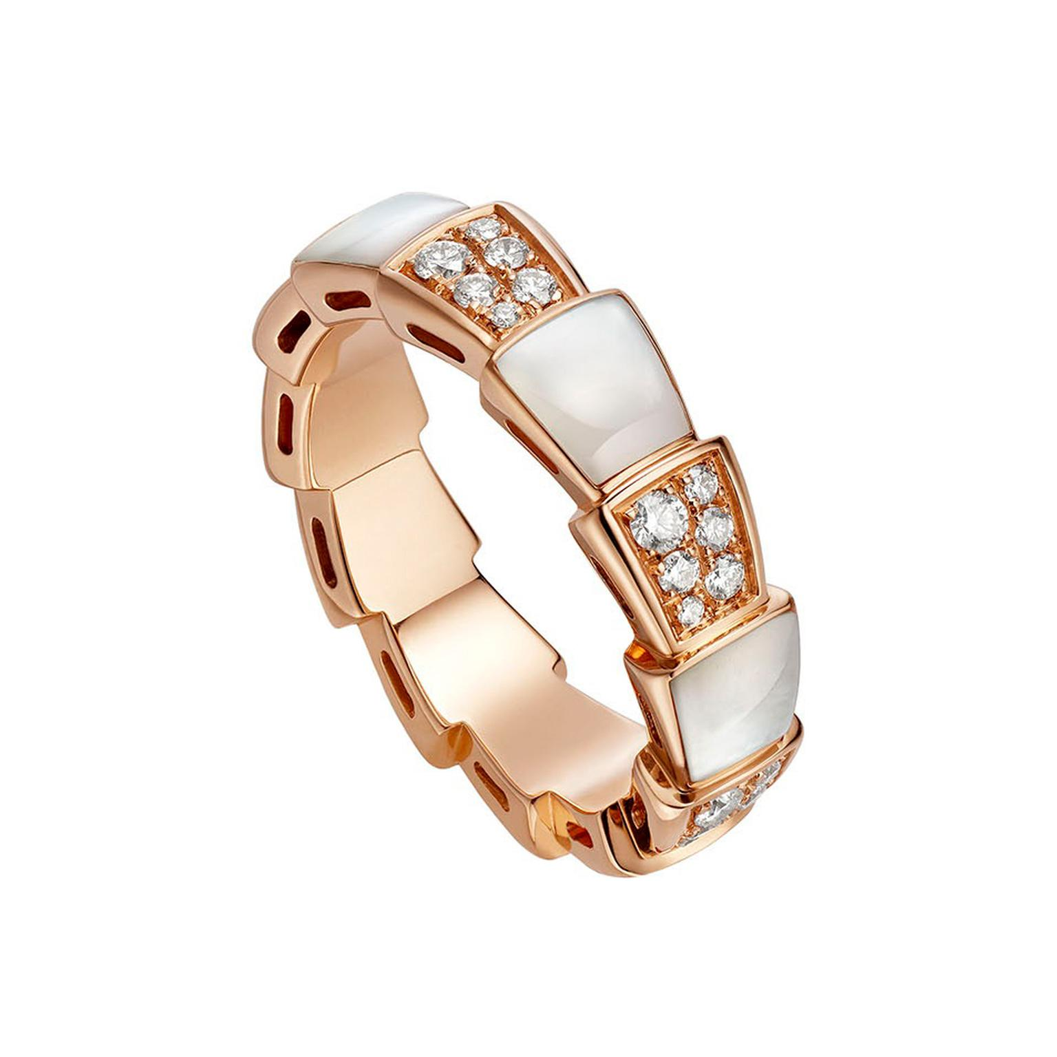 Bulgari Viper ring with mother-of-pearl