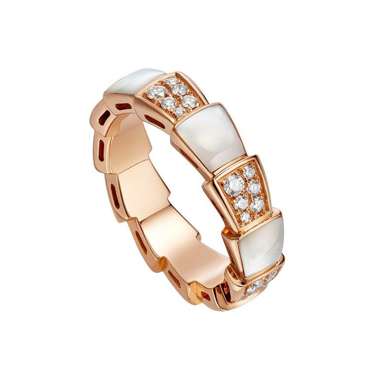 Viper ring in rose gold