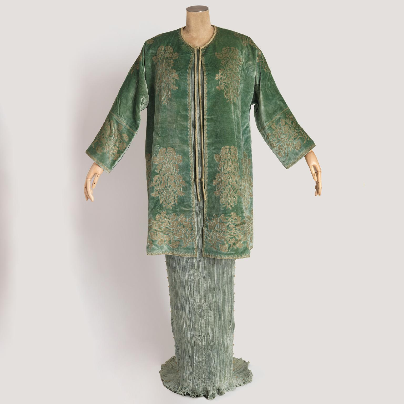 Mariano Fortuny Delphos pleated silk dress and velvet jacket from 1939