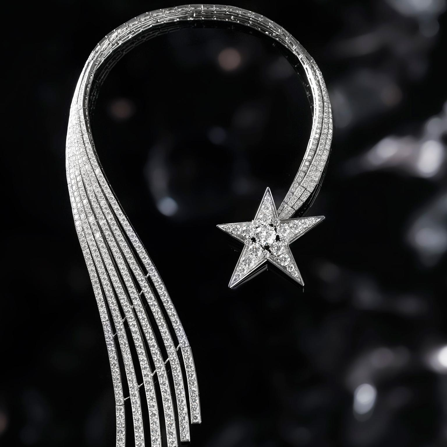 Chanel 1932 Comète diamond necklace