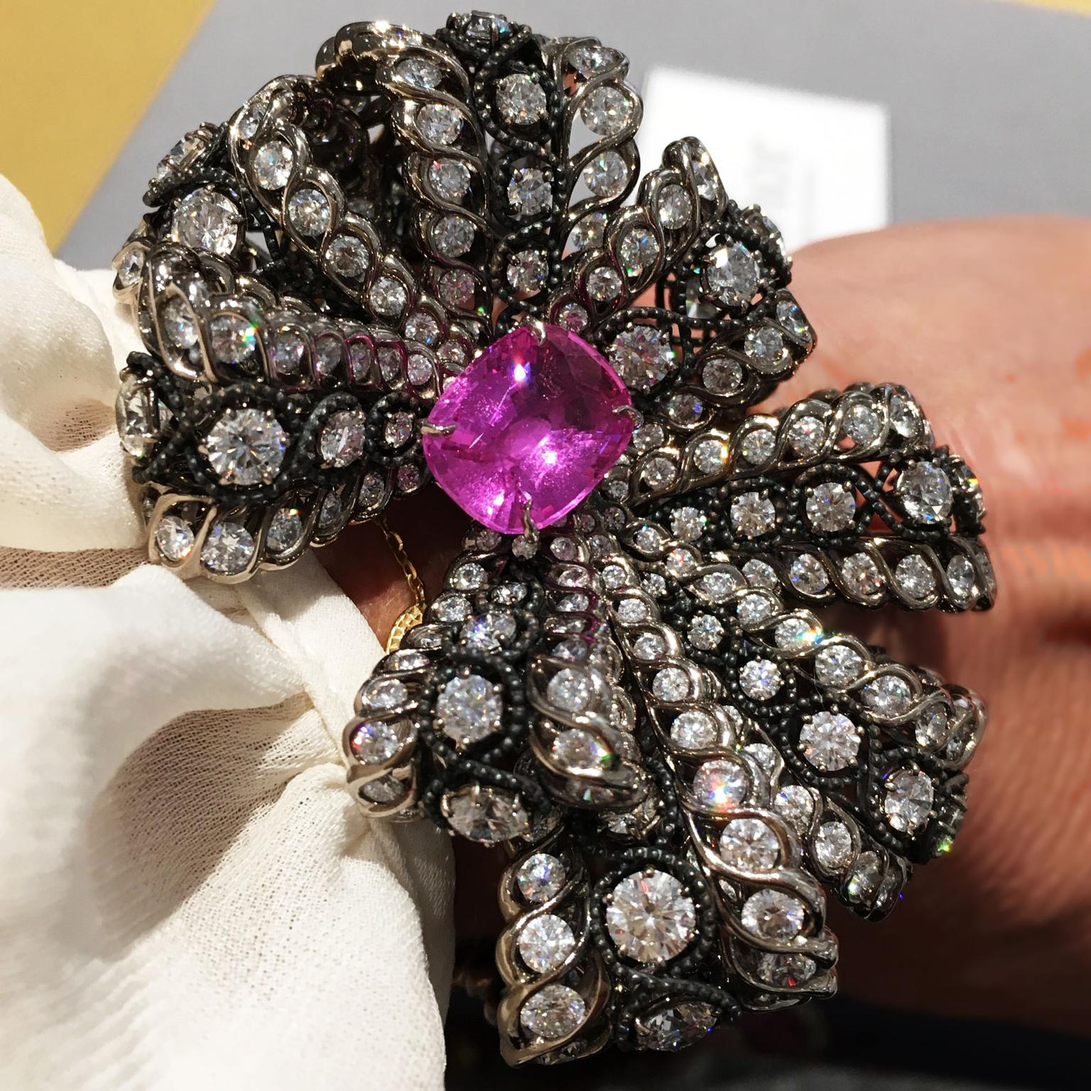 Dior a Versailles Salon de Vénus bracelet in white gold, scorched silver, diamonds and pink sapphire